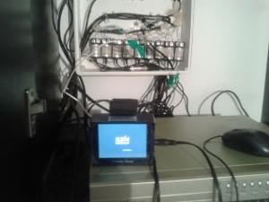 DVR y gabinete con balunes en Aripa SRL
